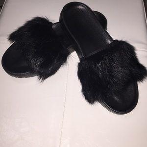 Ugg black fur slides size 7